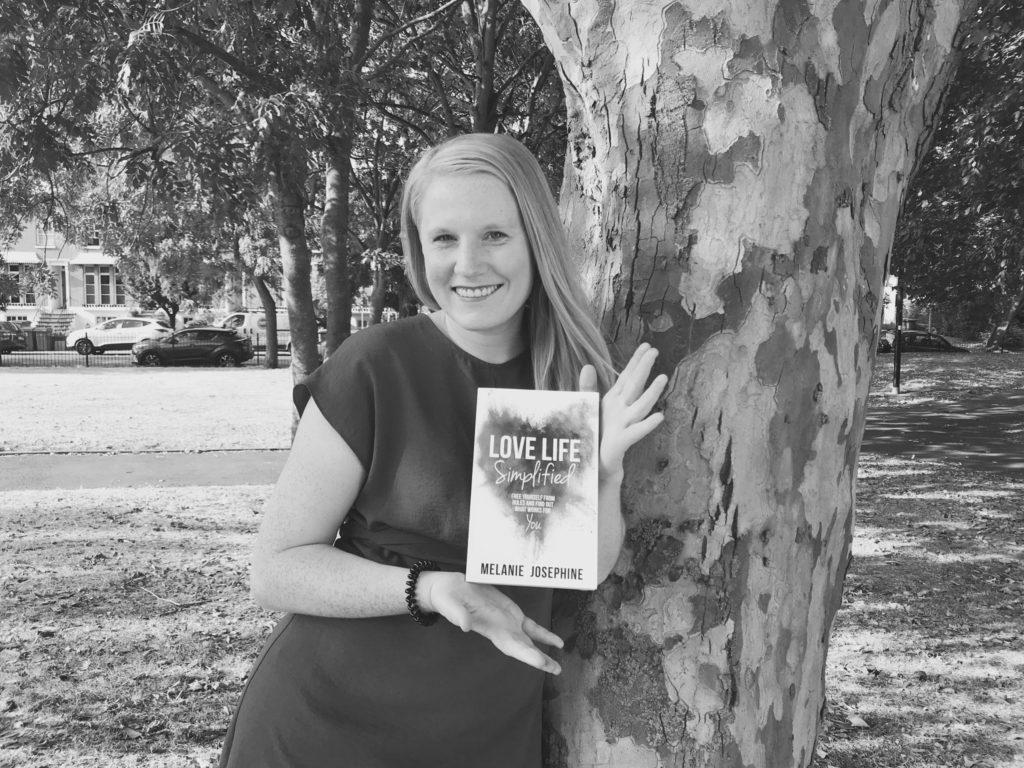 BOOK Love Life Simplified by Melanie Josephine